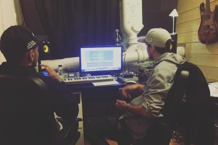 @gedigedz X @billybeast X @djmelika in the studio making music #hemligtprojekt #producer